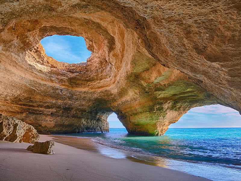 Cave in Algarve