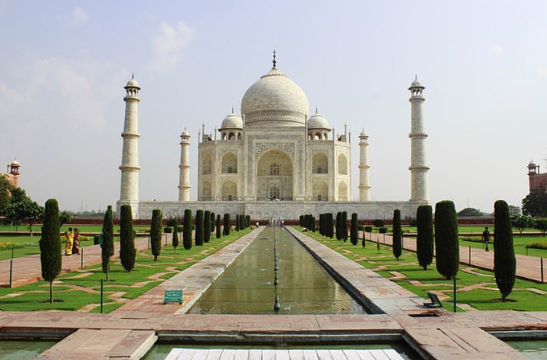 Taj Mahal Pictures Scenic Travel Photos: Top 10 Most Famous Domes Across The World